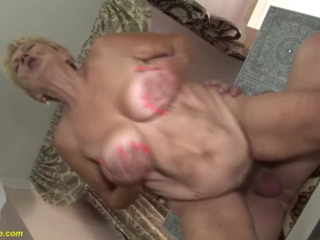 cover her face with cum